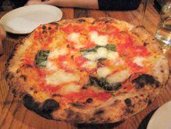 EF_Franny's_Pizza_margherita