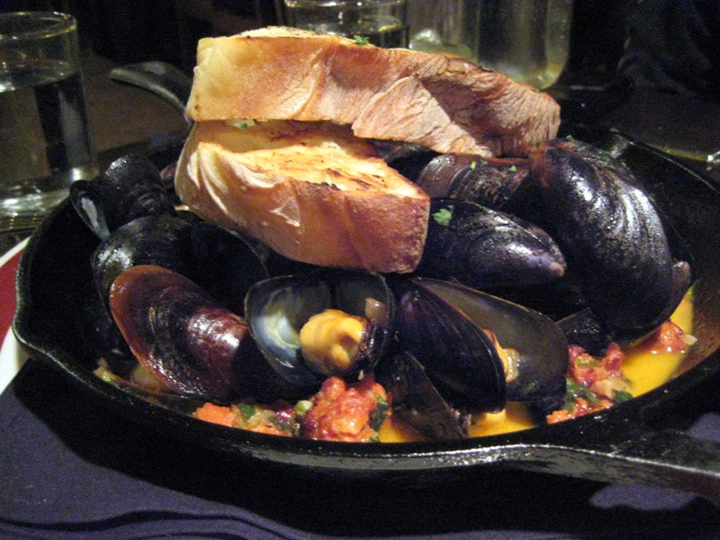 EF_Founding_Farmers_Mussels_and_Chorizo