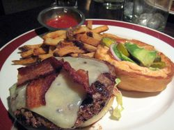 EF_Founding_Farmers_Frisco_Burger