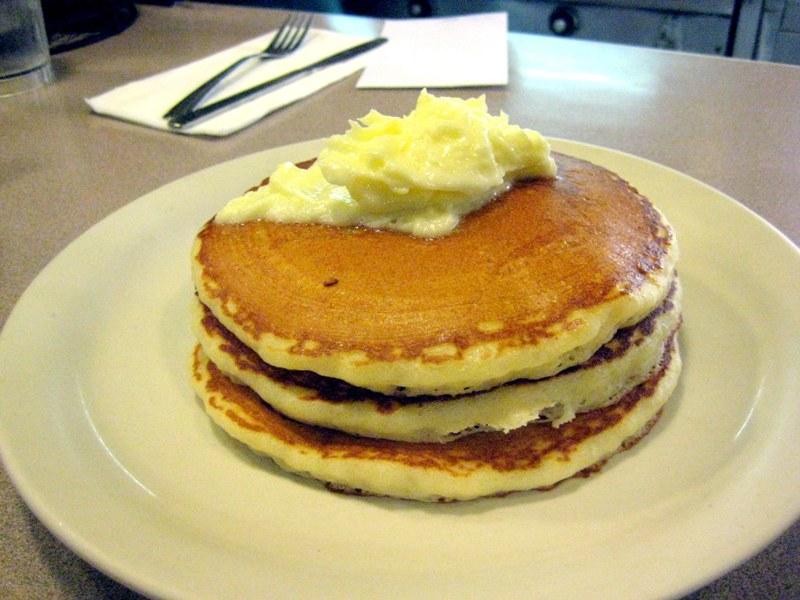 EF_HI_Liliha_Bakery_Hotcakes
