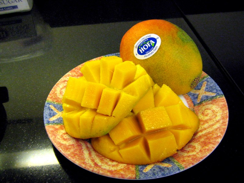 EF_HI_Ho'omalu_Farms_Organic_Mango