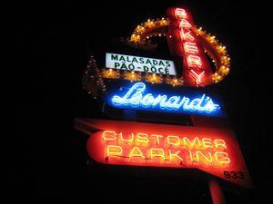 EF_SEF_Leonard's_Sign_Kapahulu