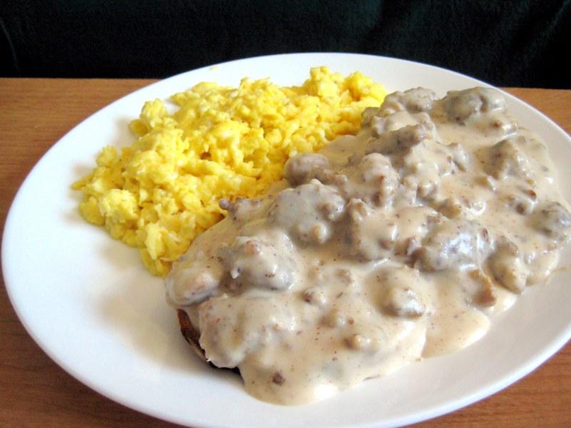 EF_Recession_Recipes_Eggs_sausage_gravy
