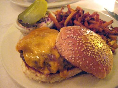 EF_Clinton_Street_Bakery_Cheeseburger