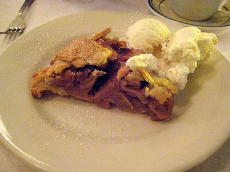 EF_Clinton_Street_Bakery_Apple_Lattice_Pie