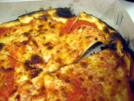 EF_Frank_Pepe_Pizza_Yonkers_Original_Tomato_Pie_Mozzarella